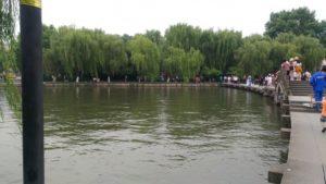 中国・杭州市は世界遺産の湖と緑茶が有名
