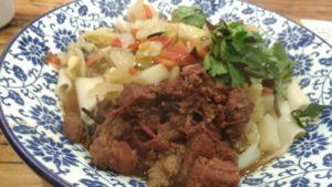 回民街2大グルメ「ビャンビャン麺」