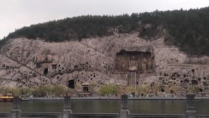 洛陽の龍門石窟