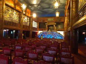 王宮内の劇場「閲是堂」