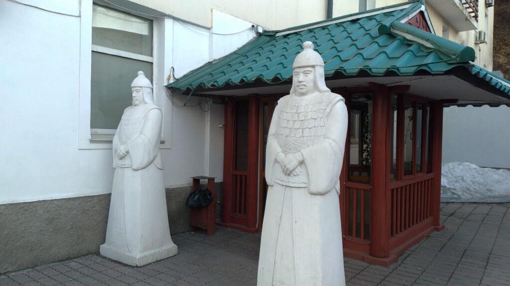 ウラジオストクの北朝鮮レストラン「平壌」に潜入【日本語メニューあります】