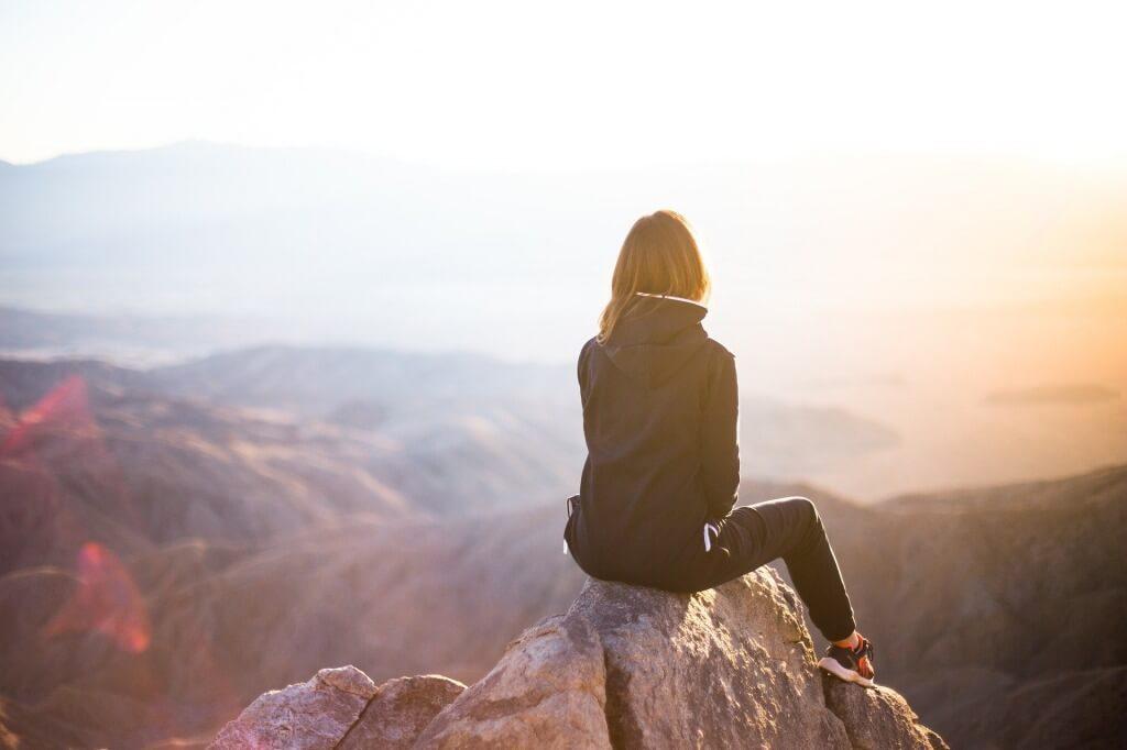 変わり者が目指すべき「生き方」を考えてみる【幸せに生きる方法】
