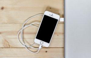 iPhone SEは本当に「使いやすいのか?」を検証